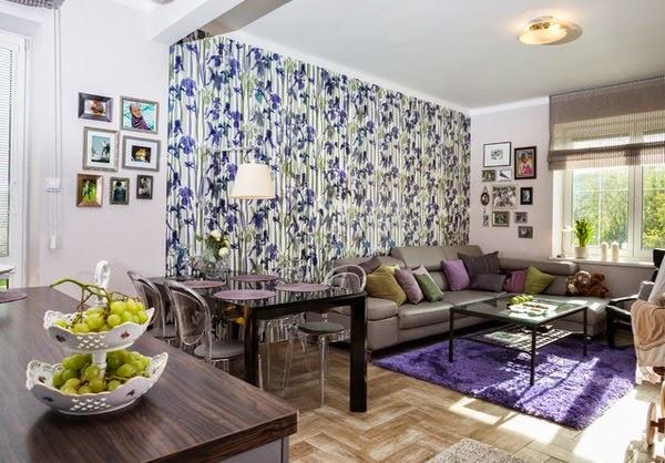 Salon avec papier peint floral d coration salon d cor for Salon avec papier peint