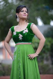 Shilpa Chakravarthy gorgeous stills 010.jpg