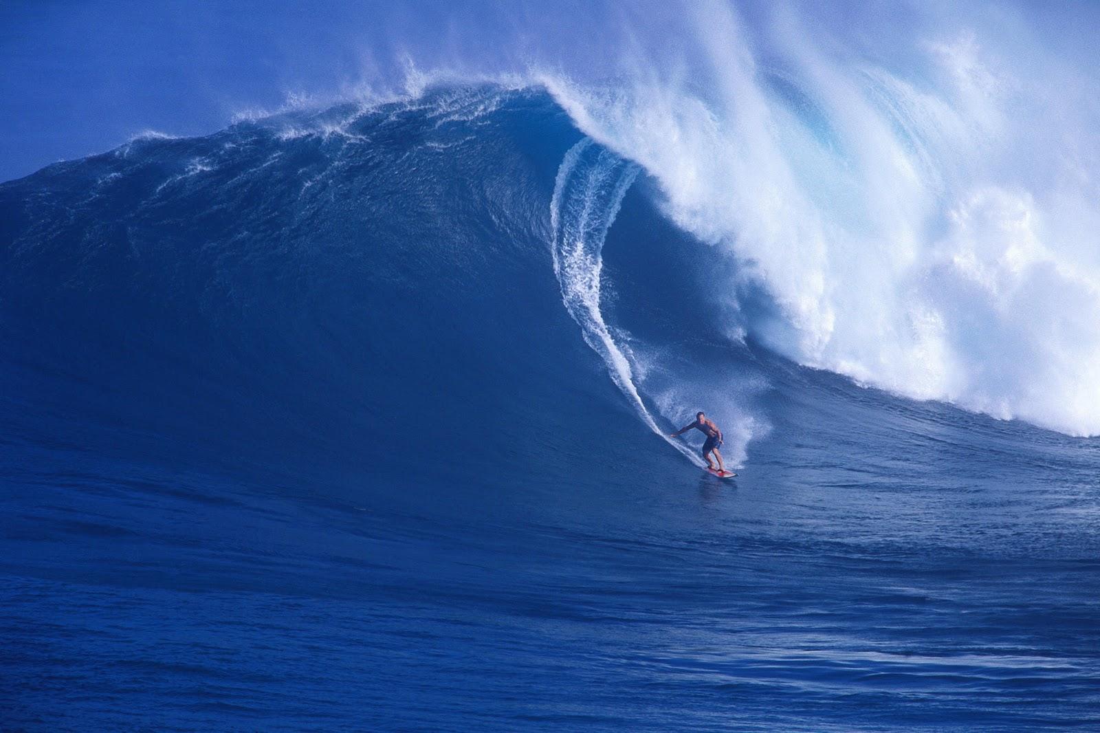 http://4.bp.blogspot.com/-O6pEZhvoh70/TuneWJaJmMI/AAAAAAAAAN0/Qvmrn4LAJ_s/s1600/surfing-maui-hawaii-wallpaper-tab.jpg