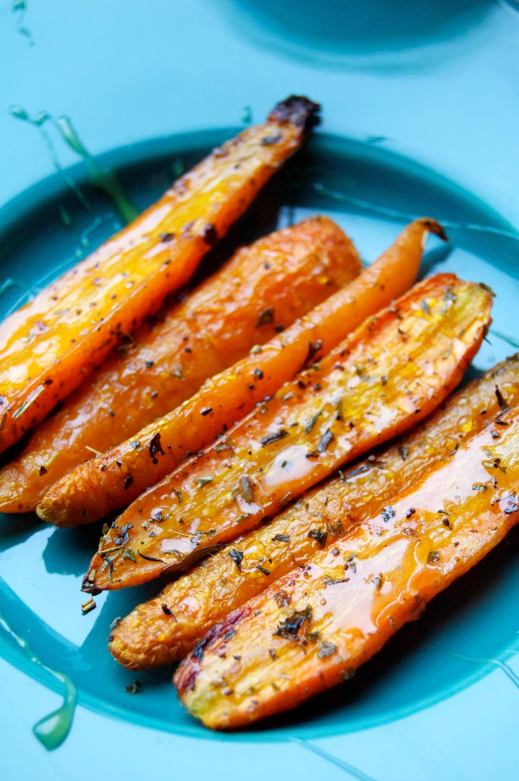Roasted Carrots with Honey Drizzle | www.kettlercuisine.com