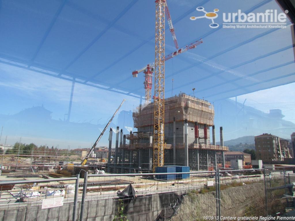 Torino cresce il grattacielo della regione piemonte for Grattacielo torino fuksas