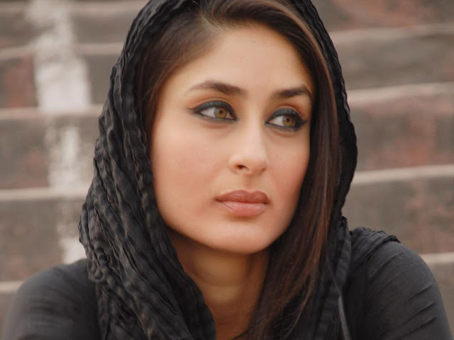 Kareena Kapoor Hot HD Wallpaper