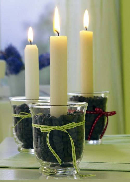 Decoraci n con velas para la navidad for Adornos navidenos con copas y velas
