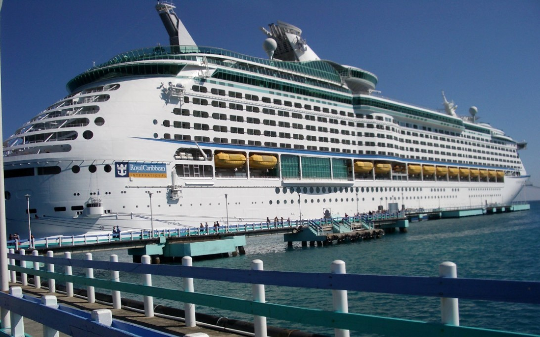 Voyager Of The Seas Wallpaper 4 Ship Gallery  OceanShooter