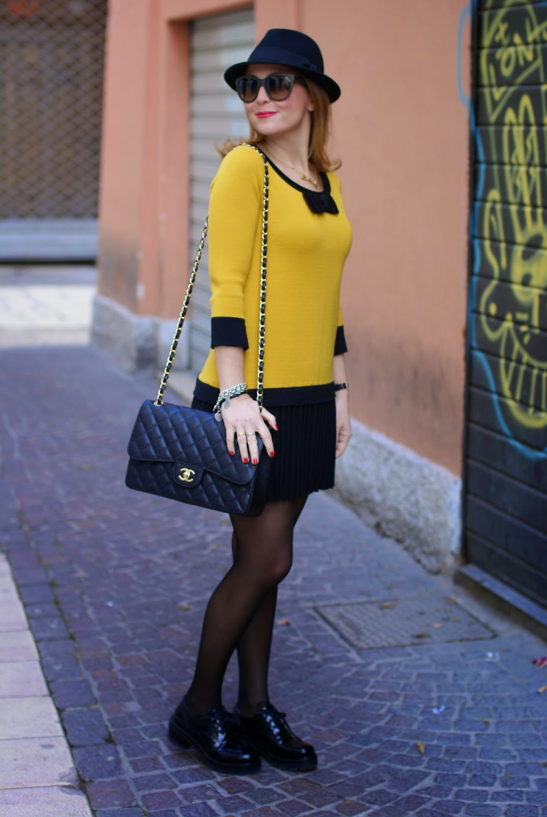 twin-set simona barbieri dress, Nando Muzi brogues, Chanel 2.55 classic flap, Fashion and Cookies fashion blog, fashion blogger