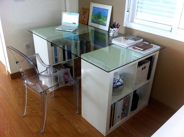 I d e a c mo decorar o utilizar una expedit - Mesa escritorio cristal ikea ...