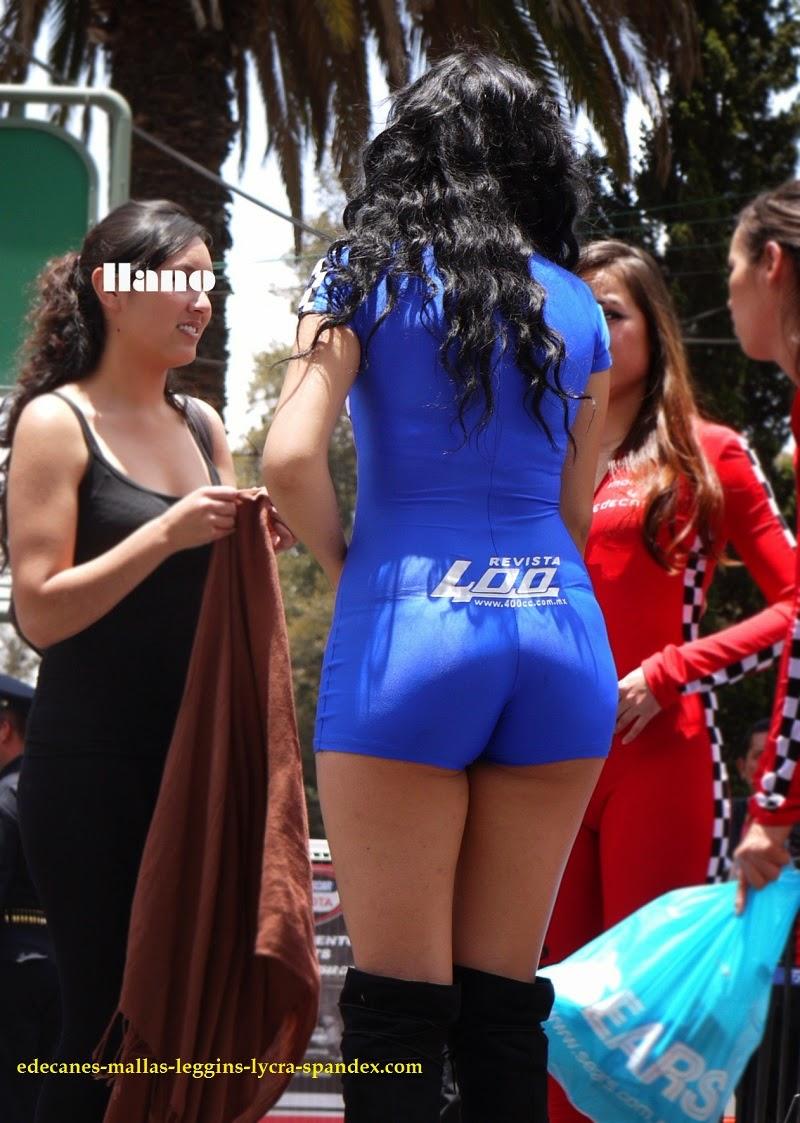 Vid !!! Fotos de modelos marcando cameltoe en mallas