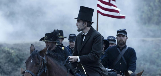 Lincoln on a horse Daniel Day-Lewis