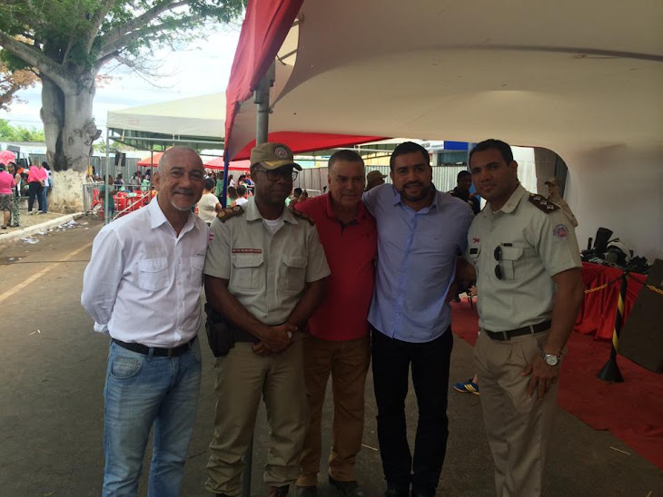 Secretários Edvaldo Teixeira e Wal Abreu comemoram com a PM o Dia da Criança