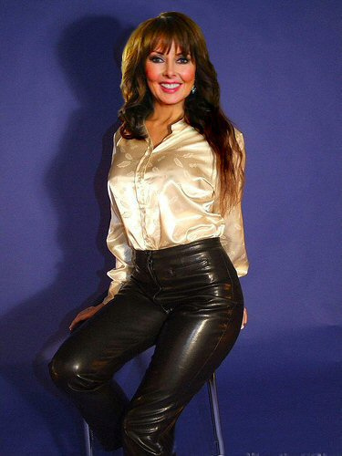 leather video:
