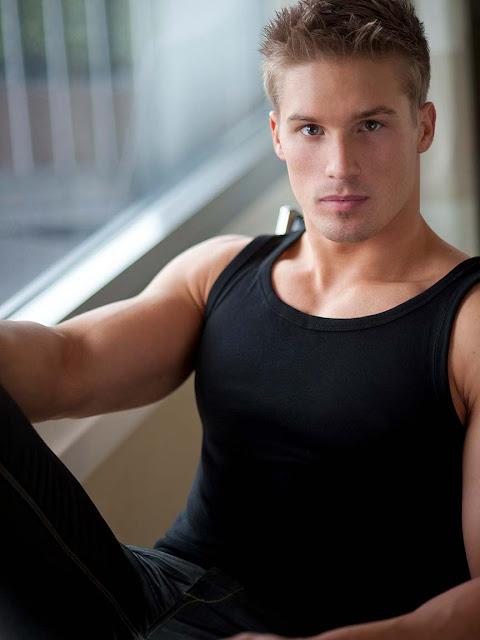 studly Daniel Rumfelt