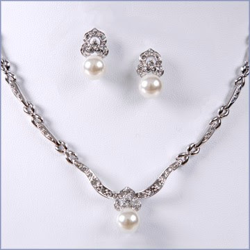 tiarasclass=bridal jewellery