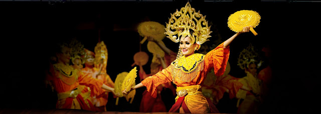 http://tropicalparadisemm2h.com/2013/03/08/malaysia-reflects-its-rich-varied-heritage/