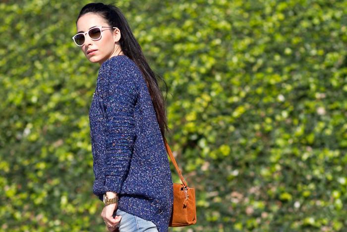 Jersey azul de punto con ochos y jeans Meltin' Pot look de la Blogger moda Valencia España withorwithoutshoes