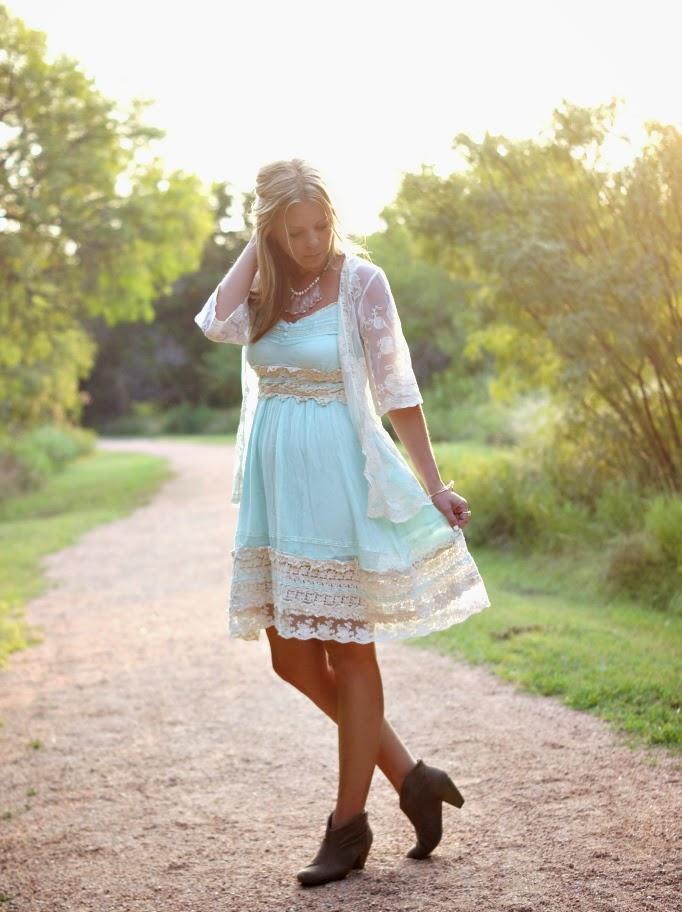 Boho Lace Outfit Idea