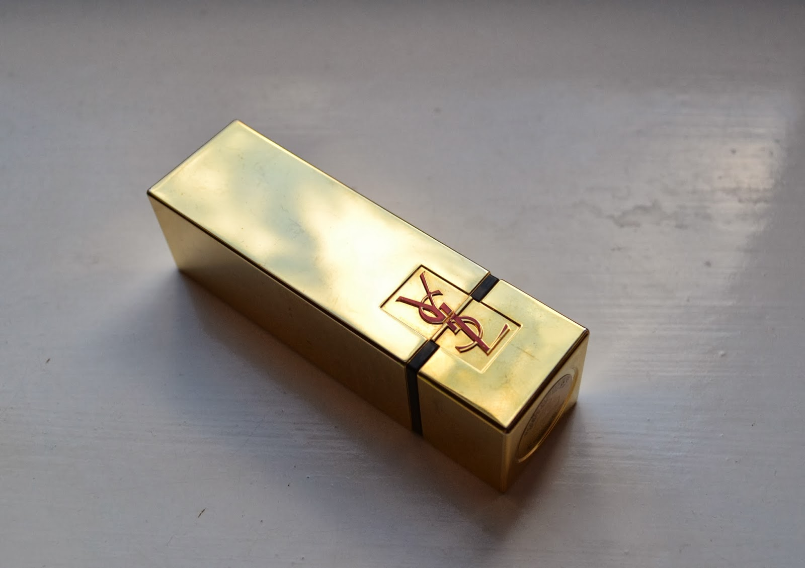 YSL Rouge Pur Couture 01 - Beauty by Eff