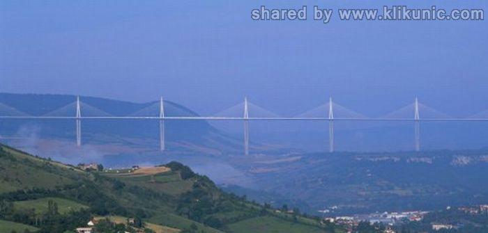 http://4.bp.blogspot.com/-O9M2zhJFn2U/TXWngjiuoII/AAAAAAAAQTc/qOJFBZFqOa4/s1600/bridges_31.jpg