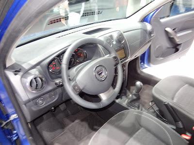2013 Dacia Sandero dashboard