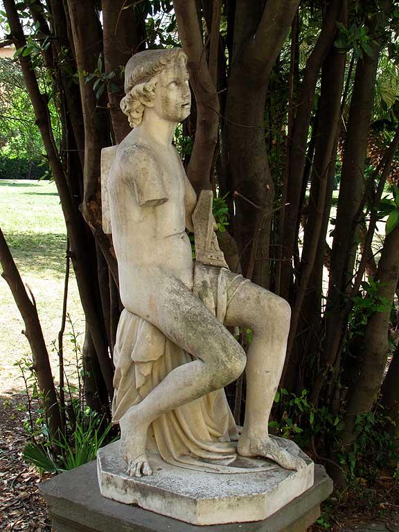 Forlorn statue, Villa Fabbricotti, Livorno