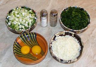 ingrediente pentru placinta greceasca cu spanac si branza telemea preparata acasa, retete culinare, ingrediente umplutura placinta cu spanac si branza,