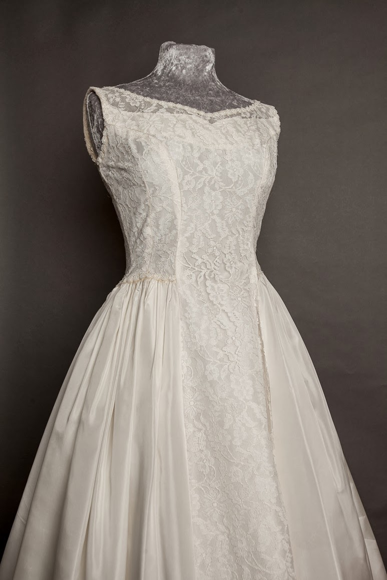 1950s vintage lace wedding dresses c Heavenly Vintage Brides. Emma Domb sleeveless dress.
