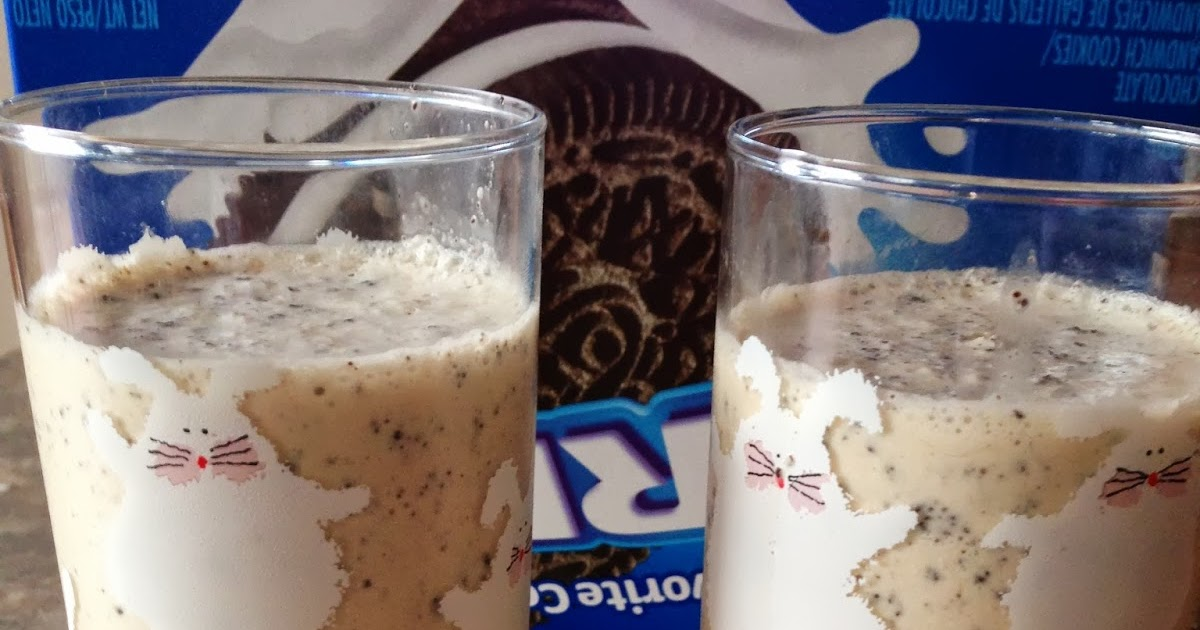 ... Sweet and Satisfying: Toasted Marshmallow Cookies and Cream Milkshake