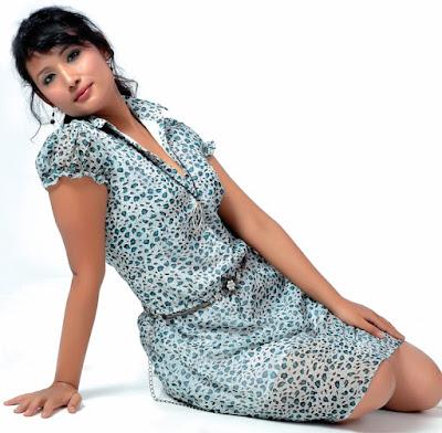 Nepali Sexy Actress Diya Maskey