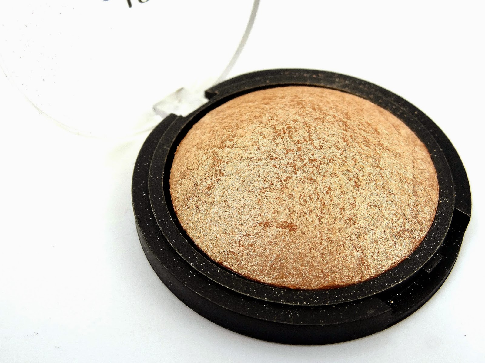 e.l.f. Studio Baked Highlighter in Blush Gems