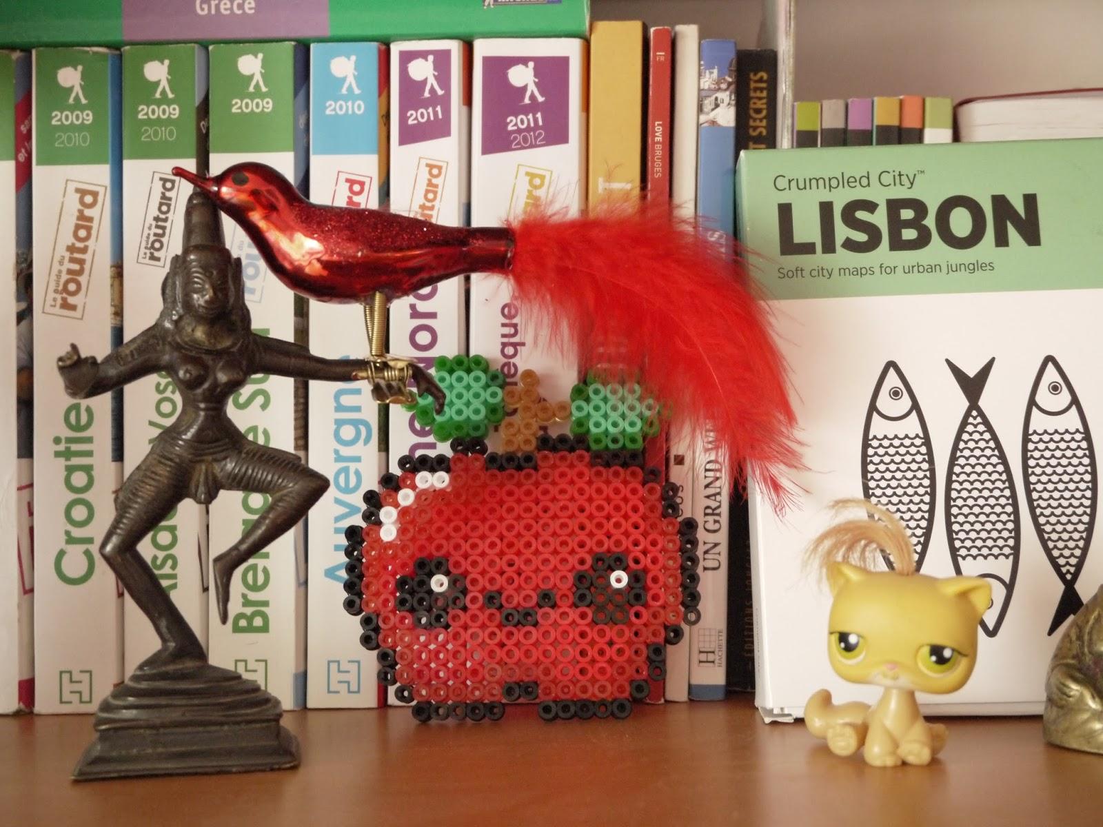 oiseau rouge pomme hama