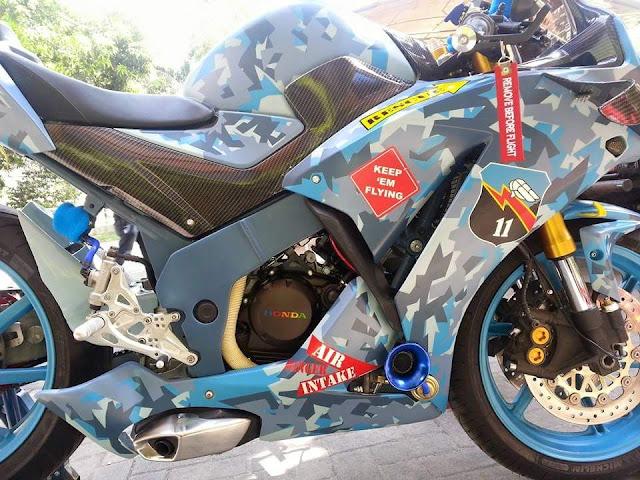 Modifikasi All New Honda CBR 150R by Sena Ponda . . ada Turbocharger dan sayapnya . .