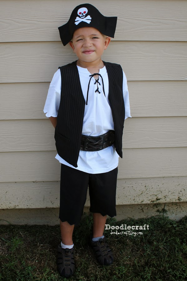 Diy Baby Girl Pirate Costume Here s some simple DIY pirate