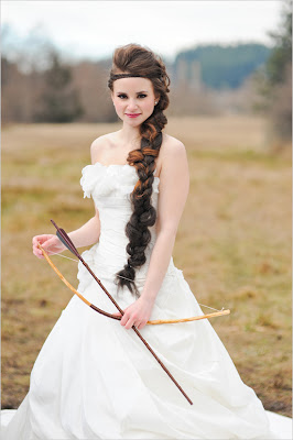 Hunger Games wedding, Katniss, bow arrow, braid