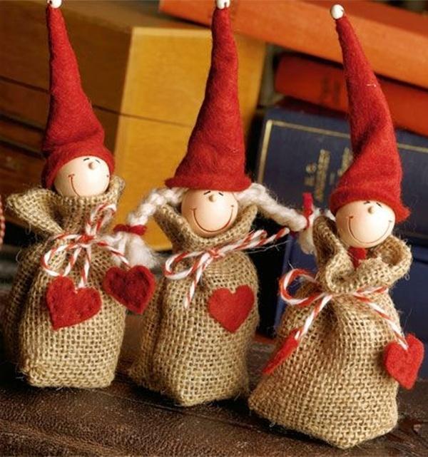 Новогодние игрушки из мешковины своими руками
