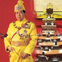 Sultan Selangor, Tan Sri Khalid Ibrahim untuk membubarkan Dewan Undangan Negeri (DUN) lebih awal dan menghadapi Pilihan Raya Umum ke-13 (PRU 13)