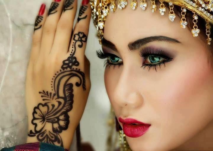 Mehndi Makeup Karachi : The beauty parlor is not just any salon ~ haifa