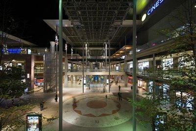 Bezoek barcelona winkelcentrum la maquinista for La maquinista parking