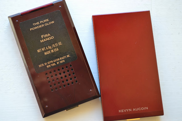 Kevyn AucoinThe Pure Powder Glow Blush
