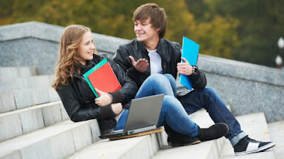 5 Magic Ways To Get Your Girl's Attention - high school - college