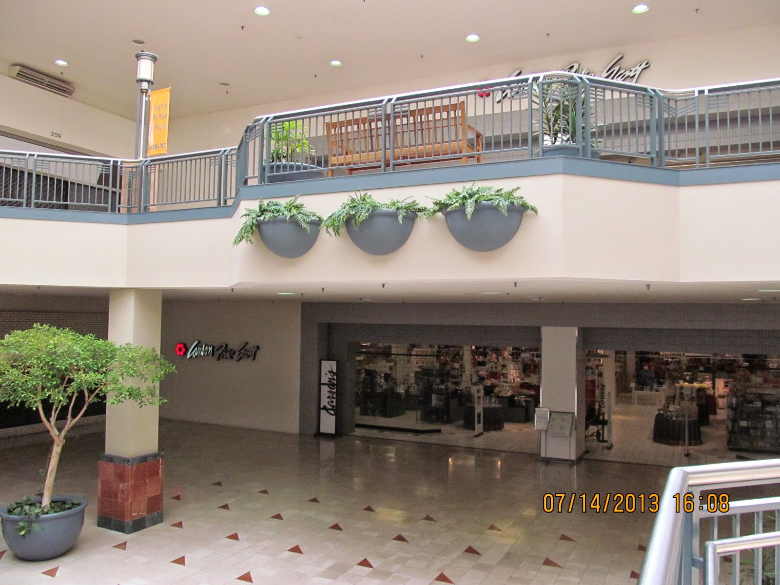 matteson outlet malls