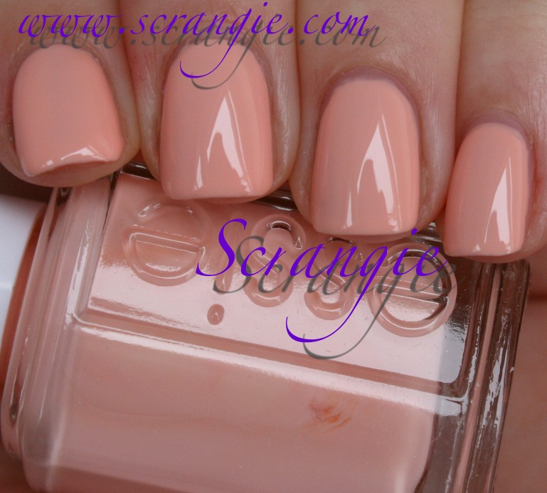 Scrangie: Essie Navigate Her Collection Spring 2012