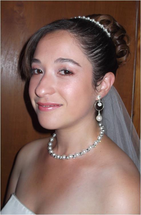 Maquillaje y peinado para novias a domicilio