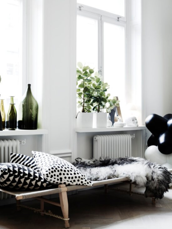 Safari Daybed - at Lotta Agaton home