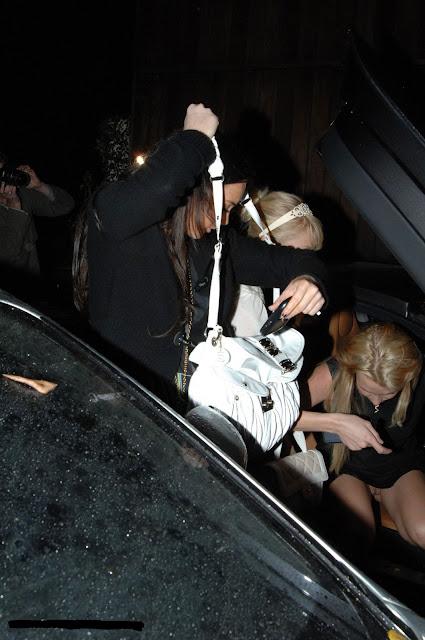 http://4.bp.blogspot.com/-OBIcXP4CR8o/TwU2eFykGoI/AAAAAAAAHj0/nuxTnETlrsU/s640/Britney+Spears+6.jpg