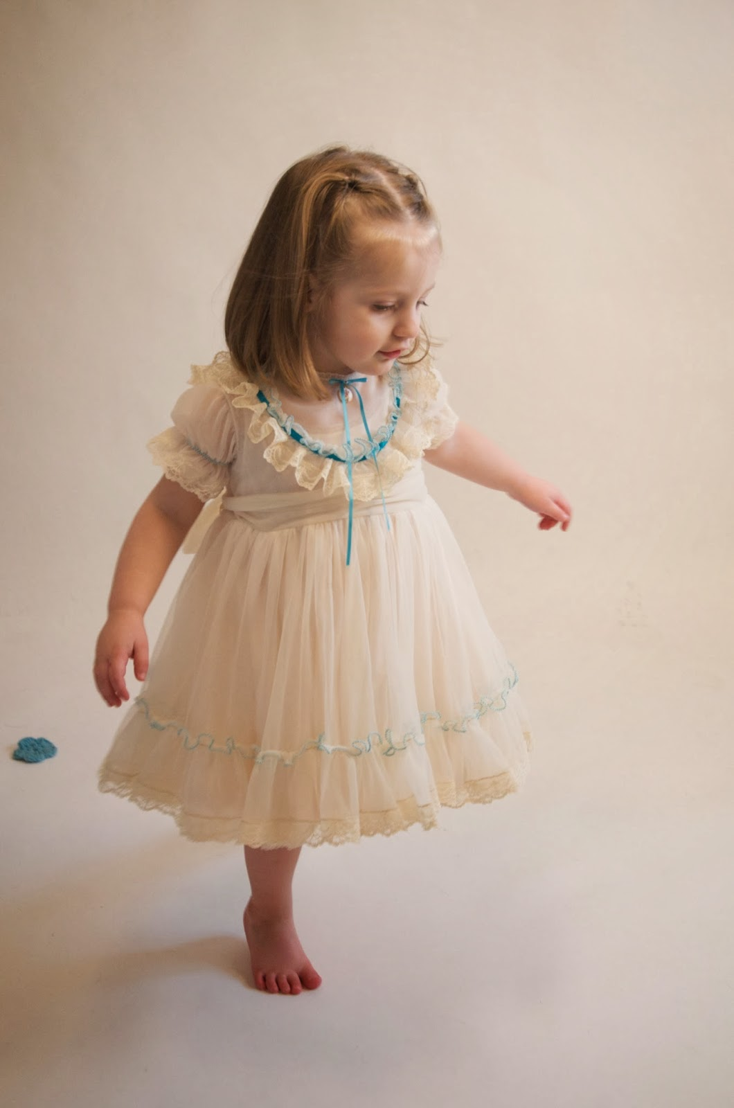 kids dress, kid dress, girls dresses, girls dress, girls baptism dress, girls party dress, little girl,