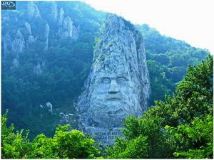 Statuia lui Decebal - Cazanele Dunarii. Click here: