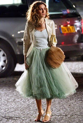 Falda tul DIY. Famosas con falda de tul. Sarah Jessica Parker. SJP. Sexo en Nueva York. Sarah Jessica Parker falda de tul. Carrie tul Skirt