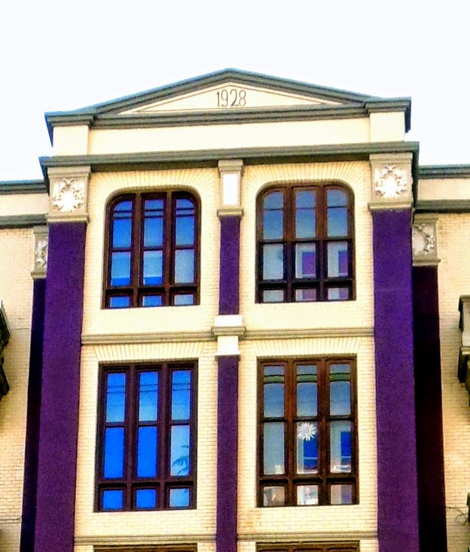 Arte urbano de logro o la calle de todos 1928 y en avenida de la paz - Casa paz logrono ...