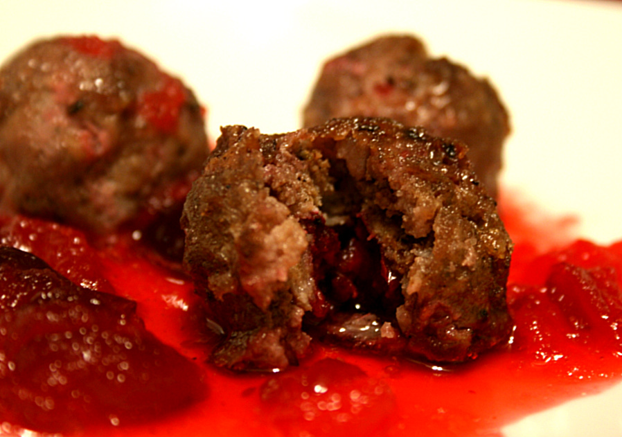cranberry+meatballs+low+carb.JPG