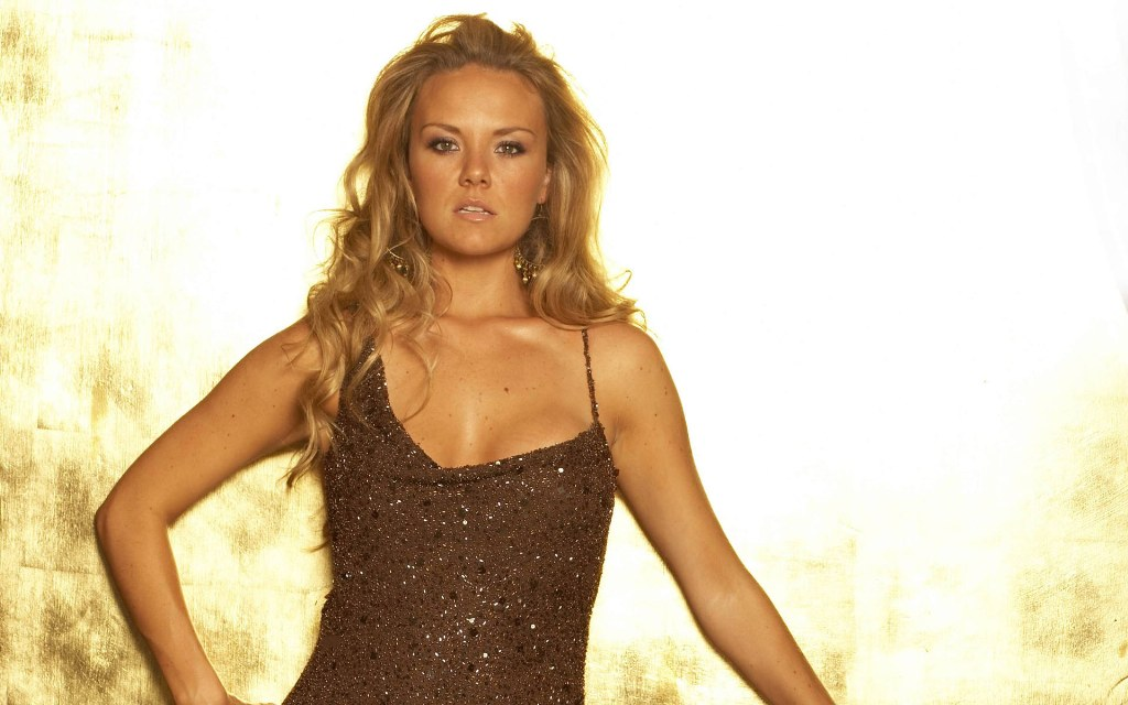 Hollywood Actress Gallery: Charlie Brooks Wallpaper Gallery: dailyhollywood4u.blogspot.co.uk/2011/12/charlie-brooks-wallpaper...