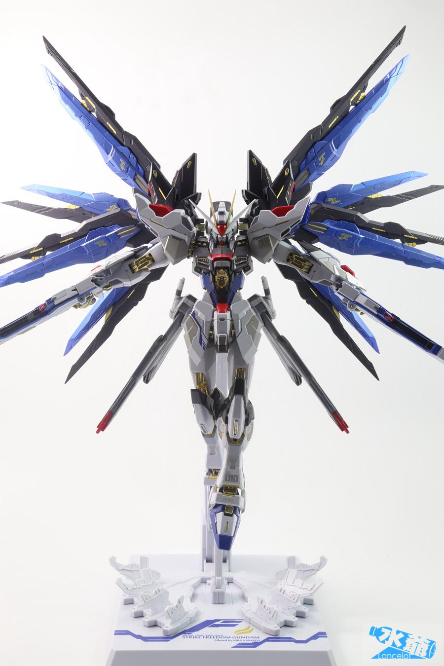 Metal Build Destiny Gundam Beam Wing